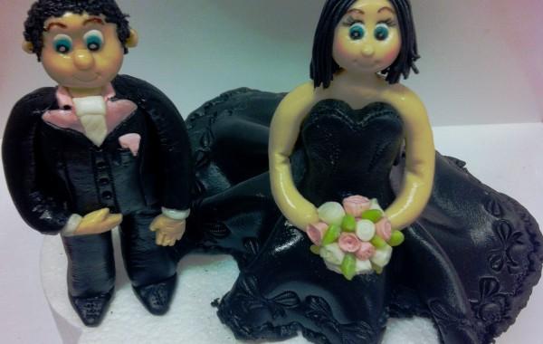 bruidspaar geboetseerd