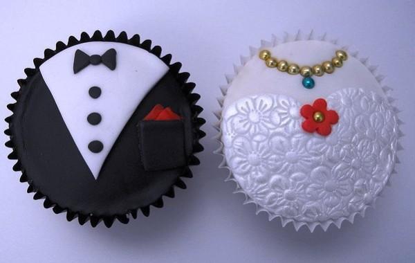bruid en bruidegom cup cake's